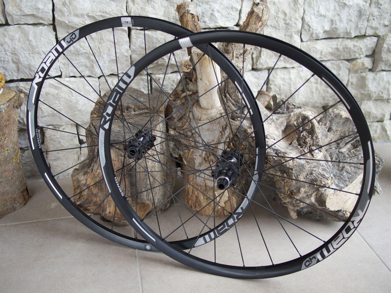SRAM lance de nouvelles roues Roam 30 et 40 …