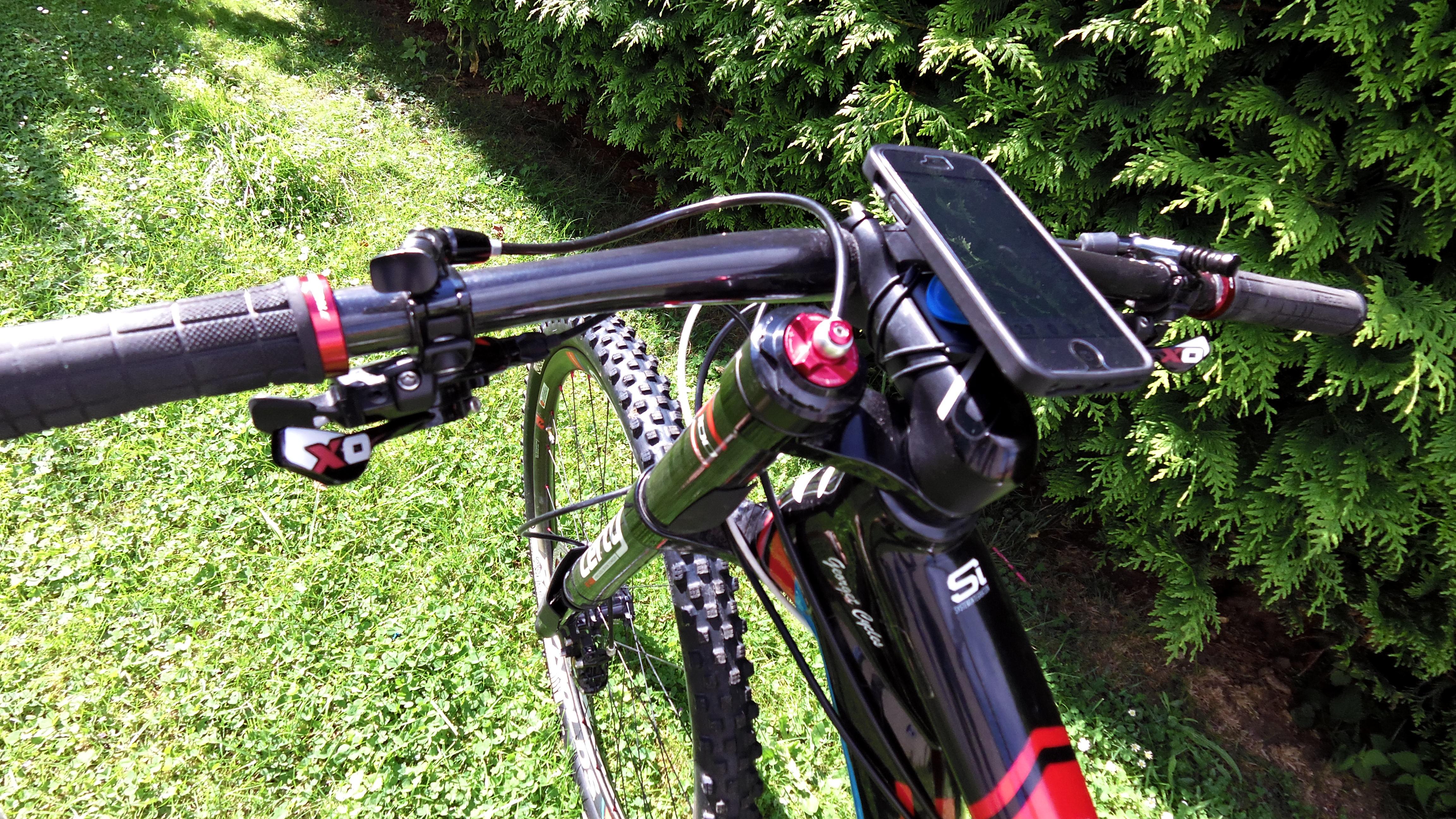 iPhone 6 EN MODE GPS HAUT DE GAMME