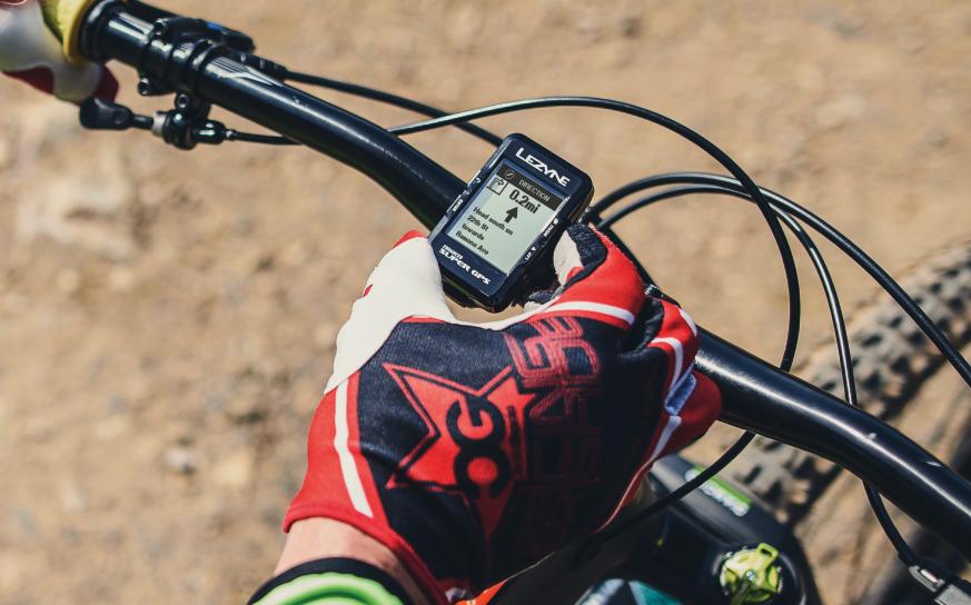 CHEZ LEZYNE : NOUVELLE GAMME DE GPS ET DE MONTRES.